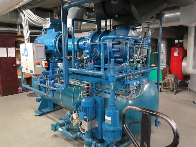 IMG_1528Schroef pack1220kw.jpg
